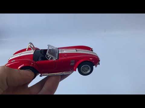 Машинка металлическая Kinsmart 1:32 «1965 Shelby Cobra 427 S/C» KT5322D инерционная / Микс