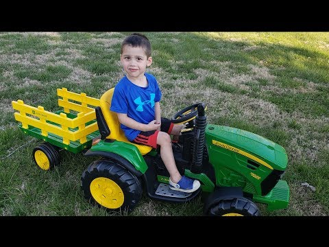 John Deere Ground Force Tractor with Trailer Peg Perego  Unboxing and Assembly | Toy Cars for kids