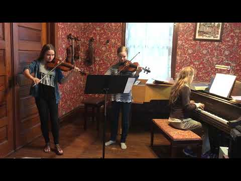 Violin duet with student