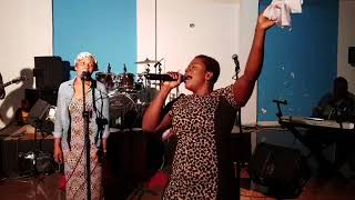 FULL VIDEO: Powerful Live Worship By Piesie Esther From Vision1 93.5FM.