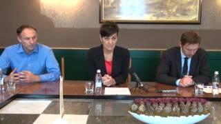 Podpis pogodbe za izgradnjo pločnika na Kamenščak