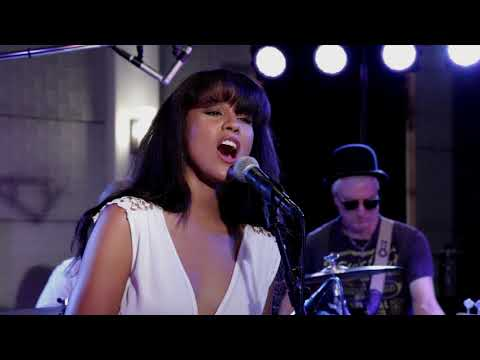 The Linda Ronstadt Experience 4 Song Video Sampler