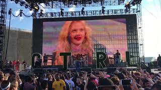 "SZA ""Drew Berrymore"" Live @ Day N Night 2017"