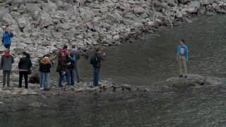 A Budapest, l'assèchement du Danube révèle des trésors cachés