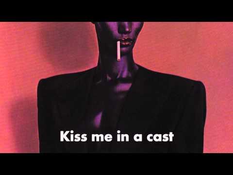 Art Groupie - Grace Jones (Lyrics)