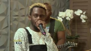 Kwesta featuring TLT perform 'Mayibabo'