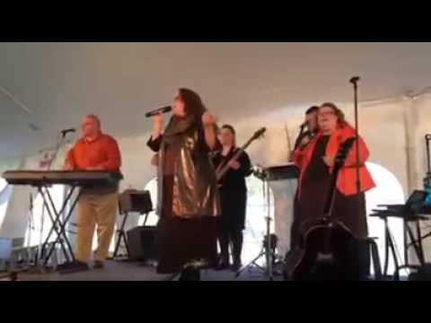 Hire Lafontaines Christian Band In Toledo Ohio