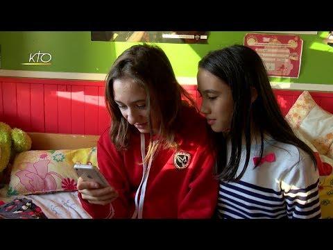 Les Jeunes et les smartphones : quelle vie sociale ?
