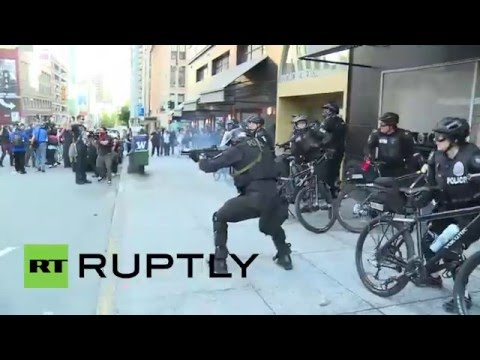 USA: Anarchists and police clash during May Day protest in Seattle, 9 arrested