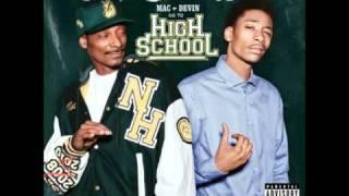 Snoop Dogg and wiz khalifa- world class