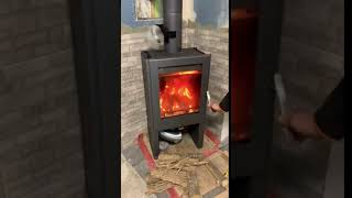 Отопительная печь камин на дровах с водяным контуром Kiruna 2 Aqua, від компанії House heat - відео