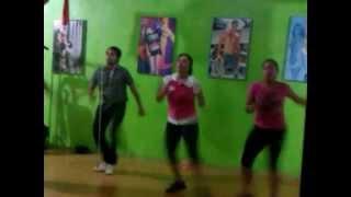 preview picture of video 'ZumGym - alegria pa zumbar - zumba'