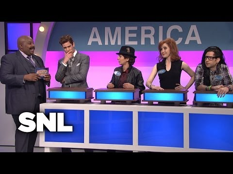 Celebrity Family Feud: American and International Musicians - SNL mp3