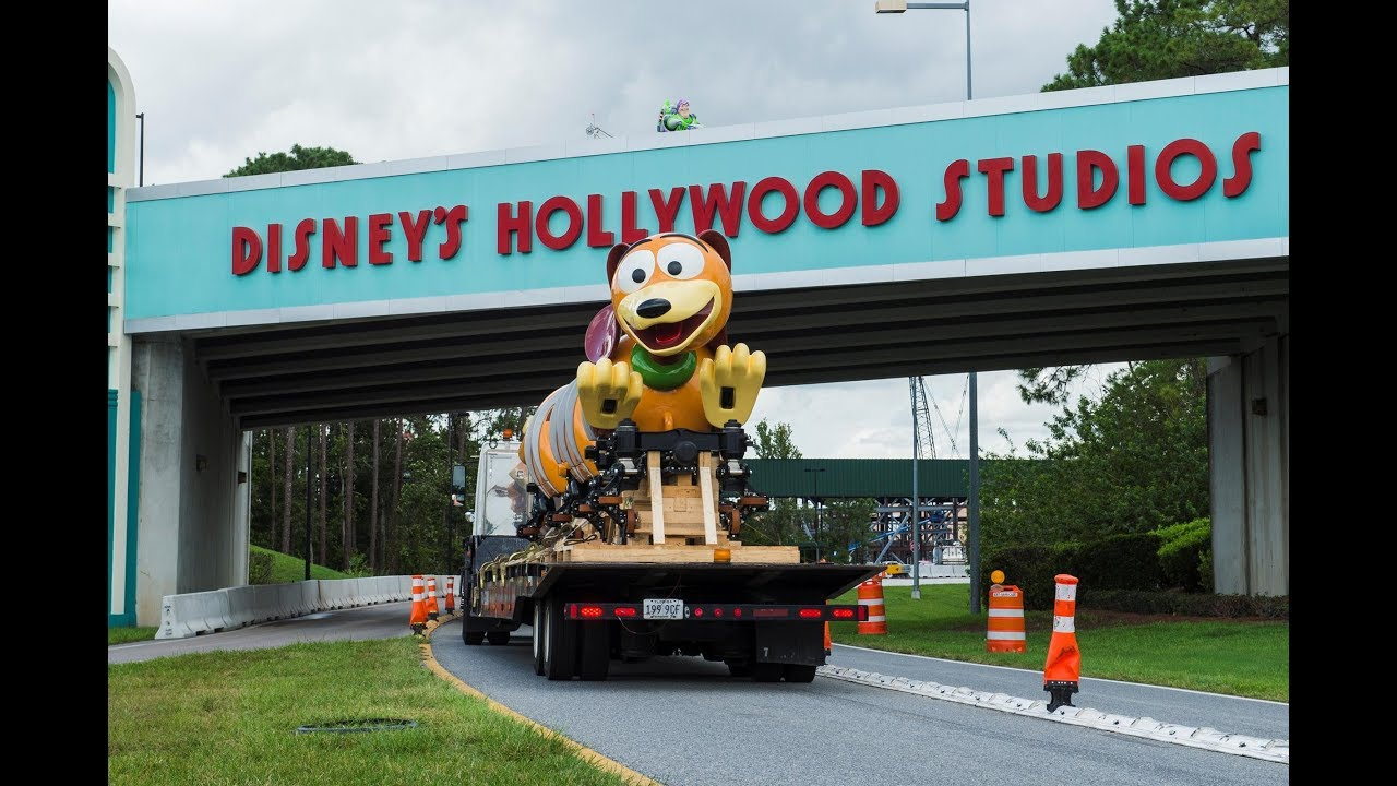 Slinky Dog Dash ride vehicle arrival