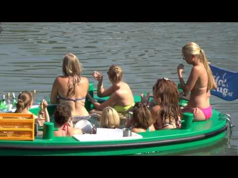Rotterdam summer - floating hot tub, white wine & bikinis
