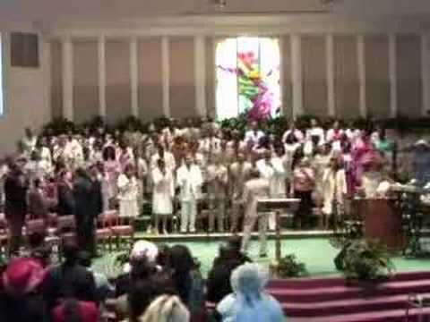 Apostolic Tabernacle Mass Choir sings Ride on King Jesus