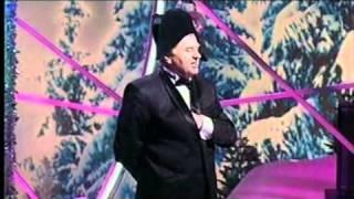 """Песня """"Если б я был султан"""" в исп. Жириновского"""
