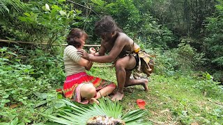 Primitive Life : Ep13 - Forest people ask for food from ethnic girls