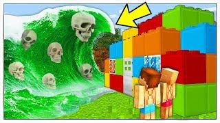 ONDA GIGANTE DI ACIDO CONTRO BASE DI LEGO! - Minecraft ITA