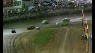 preview picture of video 'Jump/ramp demolition race - Easter Saturday 3rd April 2010 - Murray Bridge Speedway'
