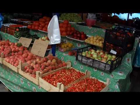 Рынок в Дивноморском день 8