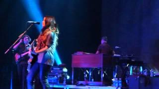 Alanis Morissette 'Lens' [HD] live 2012 Frankfurt
