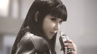 2NE1 - Love is Ouch FMV