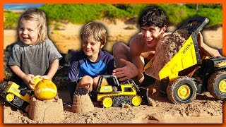 TOY CONSTRUCTION TRUCKS Family Day at the BEACH!