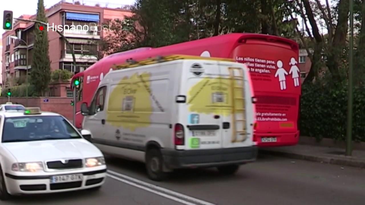Tribunal español prohíbe circulación de autobús transfóbico