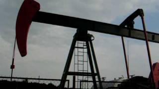 preview picture of video 'Moravský ropný vrt'