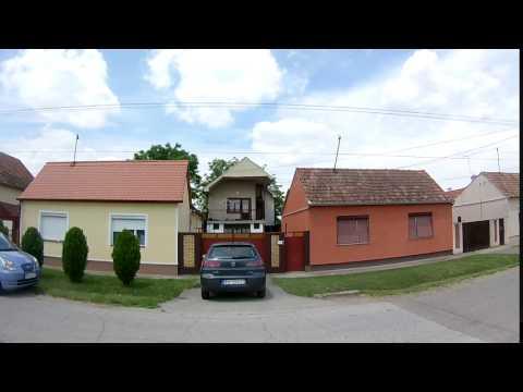 Dve kuće po ceni jedne na deset minuta šetnje od centra