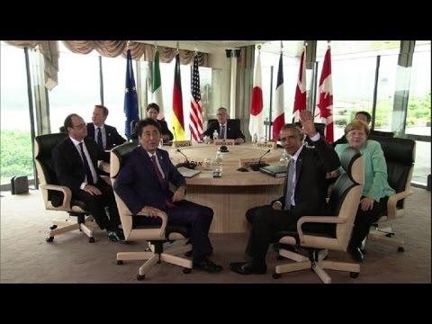 G7: Photo de famille avant la réunion