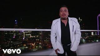 Qué Tiene Él - La Maquinaria Norteña (Video)