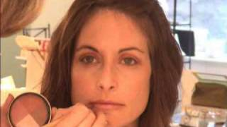 Get the Look: 5-minute Mineral Makeup Turtorial