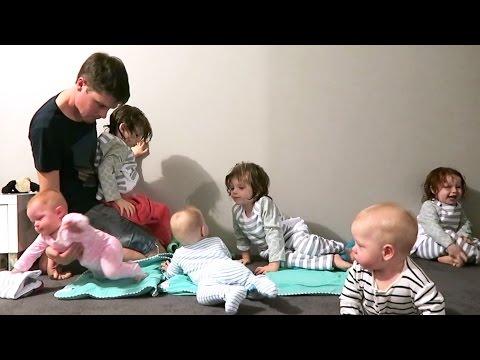 סרטון מקסים על אב שצריך להלביש 6 ילדים בו זמנית