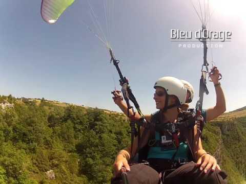 Vol en parapente avec Fly Millau Parapente,