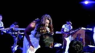 Joss Stone - Right To Be Wrong & No Woman No Cry - Live In Pallas Theater, Athens