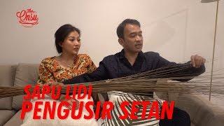 Video The Onsu Family - Sapu lidi Pengusir Setan MP3, 3GP, MP4, WEBM, AVI, FLV Agustus 2019