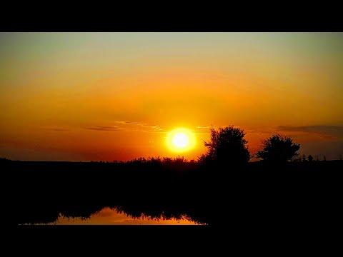 Красивый закат солнца.