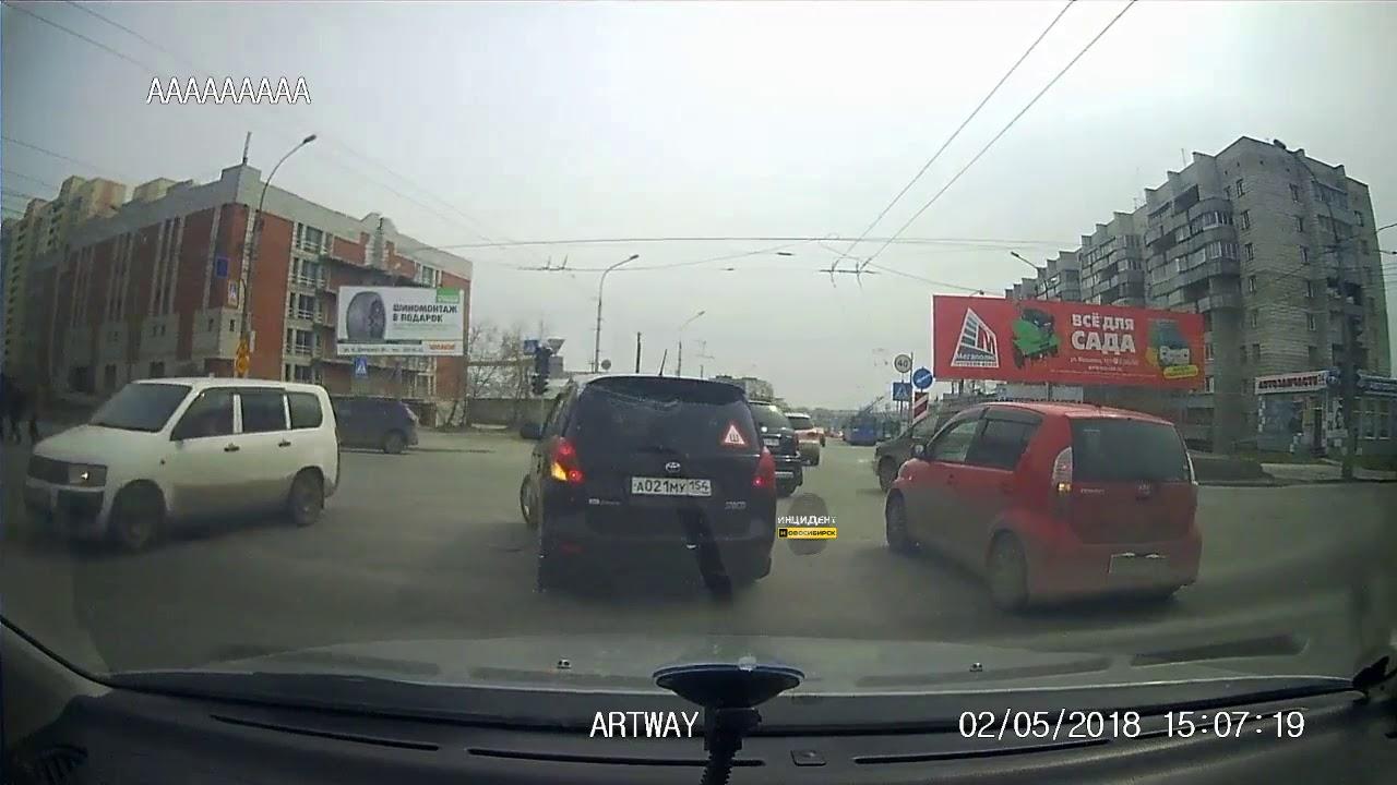 Угнал Каблук и накуролесил неизвестный в Новосибирске
