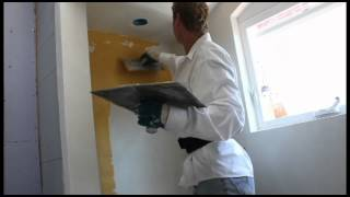 Teaching mixing applications Eco Stucco and lime Tadelakt applications