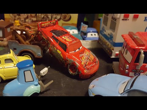 Disney Pixar Cars 3 Crashed/Race Damaged Lightning McQueen (Rusteze #95) Custom Review