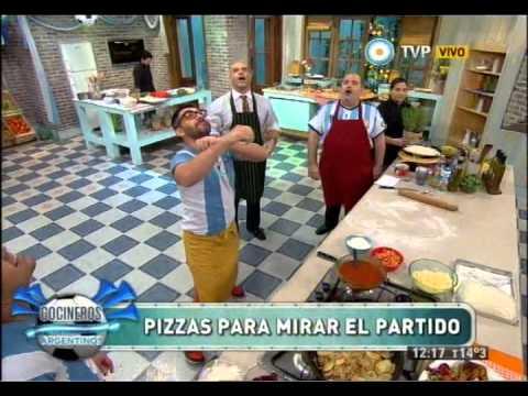 Pizzas mundialistas con Nacho Goano Parte 1