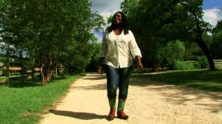 <b>Ruthie Foster</b>  It Might Not Be Right