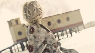Lisa Ekdahl - I'm Falling