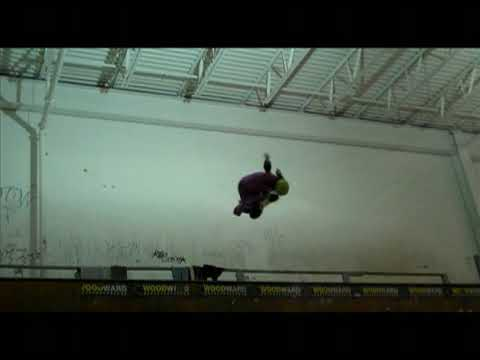 Gaby Ponce Skateboarding October 2009