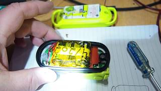 ACR personal locator beacon ResQlink plus battery replacement