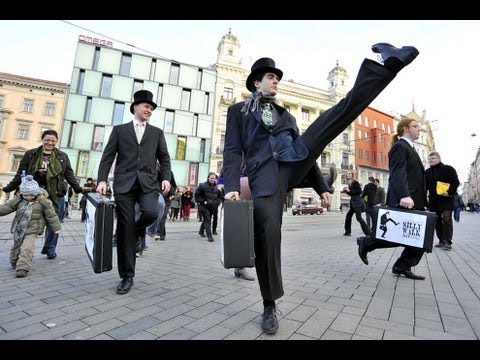 2013 Annual Silly Walk March, Where a bunch of like minded weirdos just have fun.