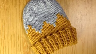 How to Loom Knit a Bicolor Child Hat (DIY Tutorial)