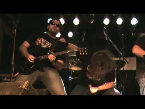 SAÑA VIDEOCLIP - NACIDO SIN AMBICIÓN - SALA GRUTA 77